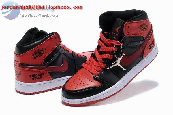 Sale Air Jordans 1 retro Chicago Bulls black red white Shoes On 1TOPJORDAN